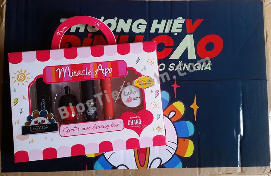 hop-qua-box-of-joy-super-brand-2017-7