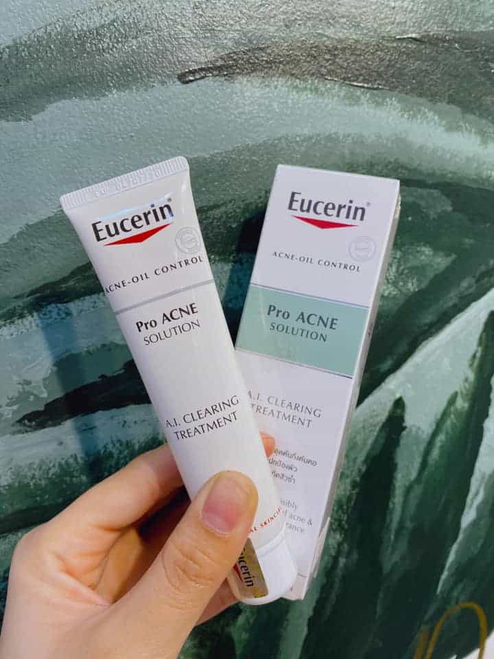 Kem trị mụn Eucerin ProAcne Clearing Treatment