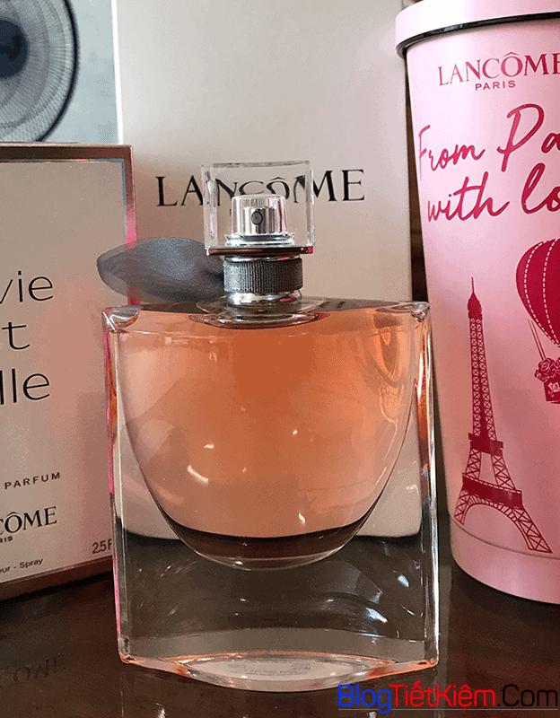 phong-cach-cuai-lancome-la-vie-est-belle